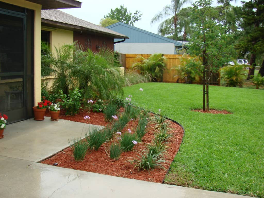 Residential House Landscaping : Cape coral residential sprinkler installation landscape