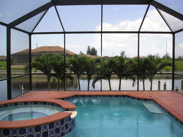 palms-pool-cape-coral-700