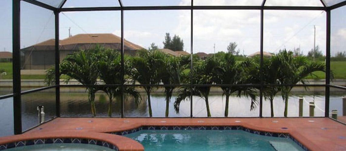 palms-pool-cape-coral-700