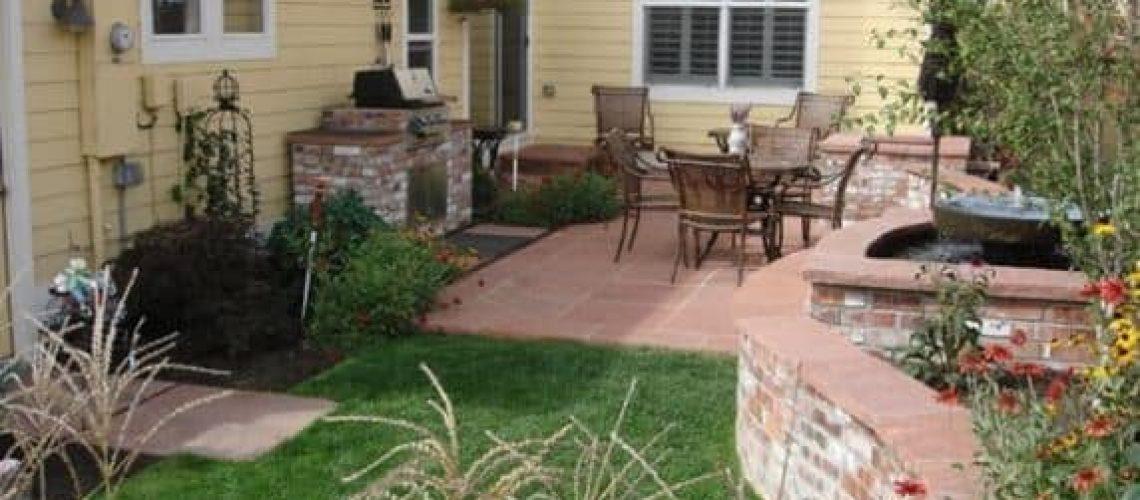 small-backyard-landscaping